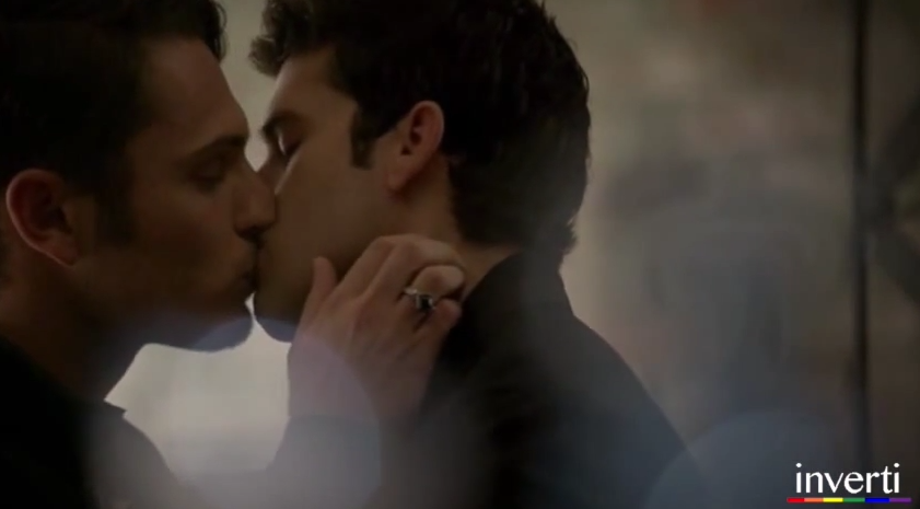 Bisou gay : Joshua et Aiden dans The Originals !